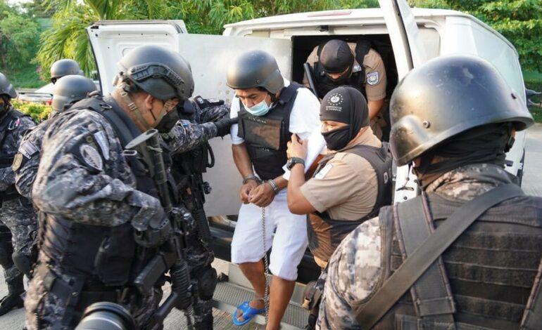 HALLAN 14 CADÁVERES EN CASA DE EXPOLICÍA NACIONAL, ES CONSIDERADO ASESINO SERIAL